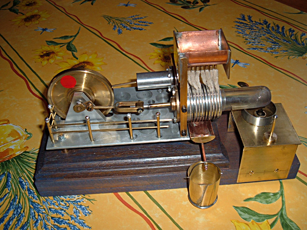 Small-scale model of an engine built at the beginning of the 20th century